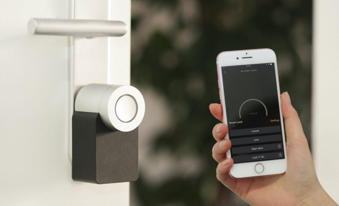 Fechadura inteligente, videoporteiro ou sensor de abertura